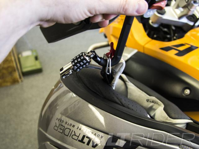 how to use helmet lock