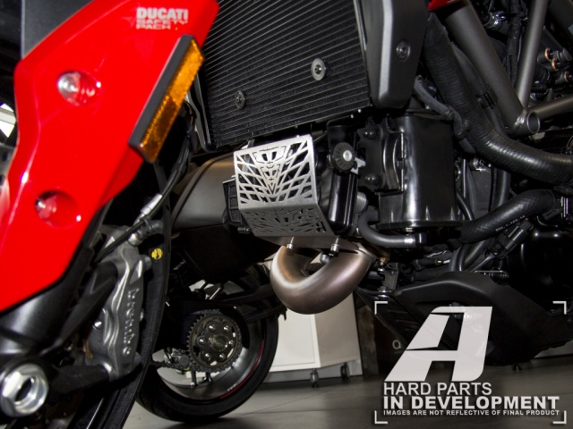 AltRider Cylinder Head Guard for the Ducati Hyperstrada (2013-2015) - Installed