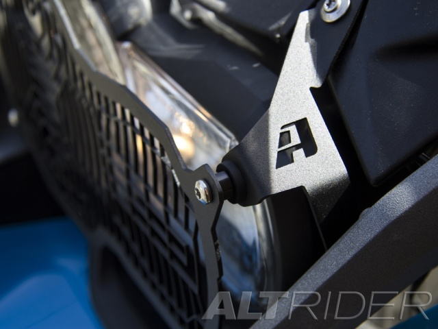 AltRider Headlight Guard Kit for the BMW R 1200 GS Water Cooled - Installed