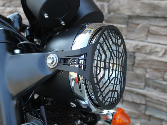 AltRider Stainless Steel Headlight Guard for the Triumph Scrambler - Installed