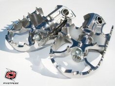 Pivot Pegz WIDE MK3 for the Honda CRF1000L Africa Twin - Feature