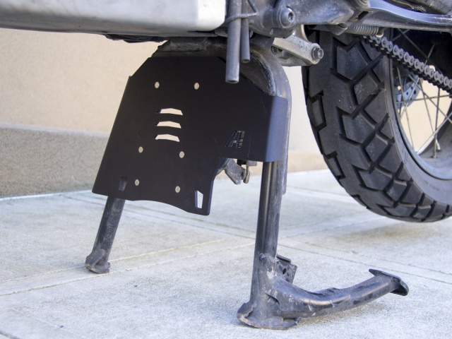 AltRider Center Stand Skid Plate for the Honda CRF1000L Africa Twin - Installed