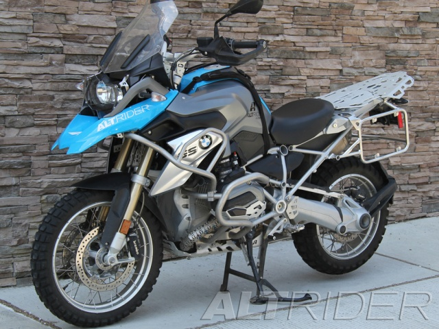 AltRider Cylinder Head Guards for the BMW R 1200 Water Cooled - Installed