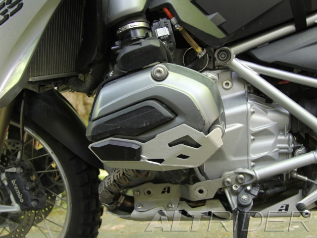 AltRider Cylinder Head Guards for the BMW R 1200 Water Cooled - Black - Installed