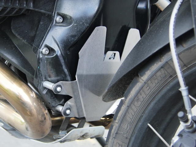 AltRider Front Engine Guard for BMW R 1200 Water Cooled - Installed
