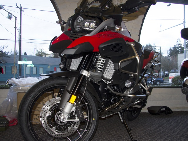 AltRider Radiator Guard for the BMW R 1200 GS Adventure Water Cooled - Installed