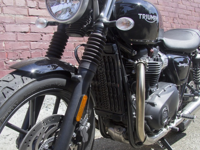 AltRider Radiator Guard for the Triumph Bonneville / T120 - Installed