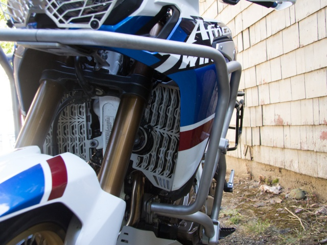 AltRider Radiator Guards for the Honda CRF1000L Africa Twin/ ADV Sports - Silver - Installed