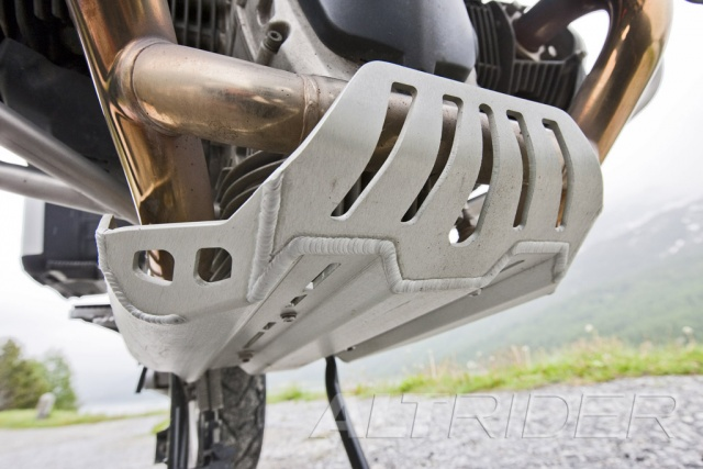 AltRider Skid Plate for BMW R 1200 GS - Installed