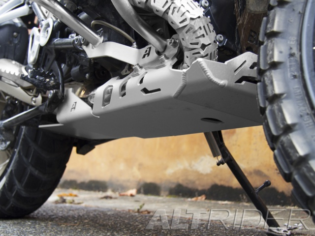 AltRider Skid Plate for the BMW R 1200 GS Adventure Water Cooled - Silver - Installed