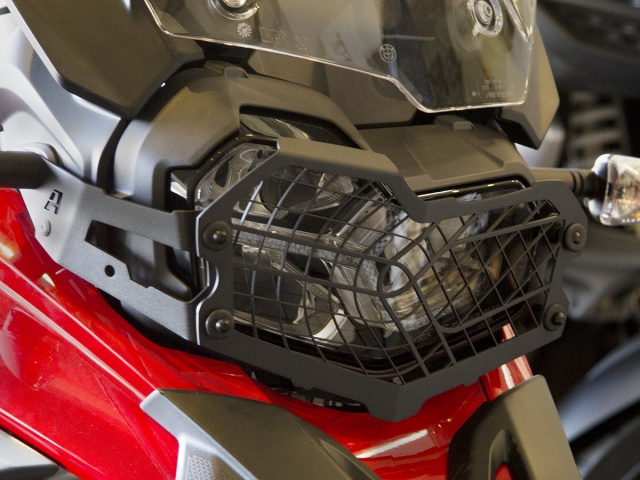 AltRider Stainless Steel Mesh Headlight Guard for the BMW F 850 / 750 GS - Installed