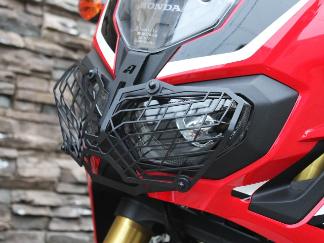 AltRider Stainless Steel Mesh Headlight Guard for the Honda CRF1000L Africa Twin/ ADV Sports - Black - Installed