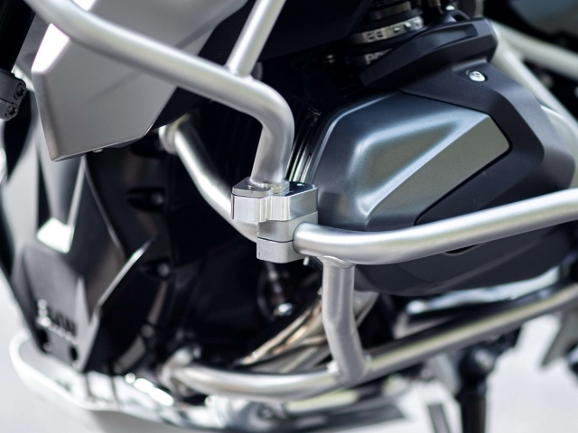 AltRider Upper Crash Bar Adapter Kit for the BMW R 1250 GS - Installed